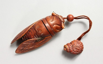 A CARVED WOOD FLY INRO.