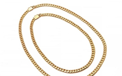 A pair of 18k gold curb-link chains