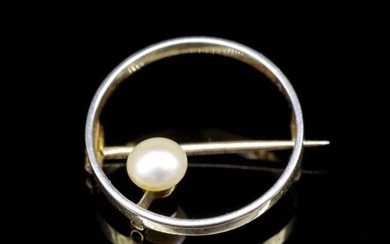 Art Deco pearl and two tone gold circle brooch, unmarked. Ap...