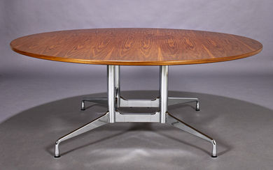 Charles Eames. Round table, 'Segmented Table', walnut, Ø 183 cm