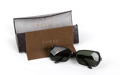 GUCCI SUNGLASSES 2010 ca Sunglasses with glasses case. General Conditions...