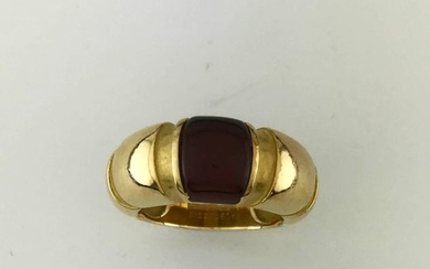 MAUBOUSSIN Paris, 750°/°° gold ring set with a...