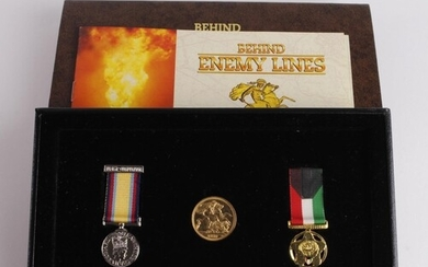 Sovereign 1980 EF, housed with two replica miniature medals ...