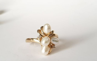14 kt. Gold - Ring Pearl - Diamonds