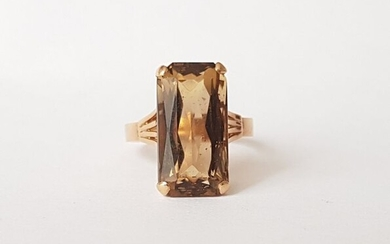 18 kt. Yellow gold - Ring - 5.00 ct quartz