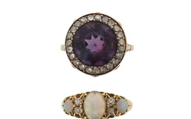 A Victorian amethyst and diamond cluster ring, set...