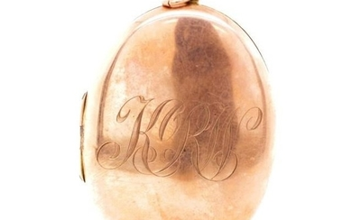 Antique 9ct rose gold locket marked 9ct. Approx size 54mm x ...