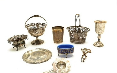 Assorted Continental 800 Silver Articles.