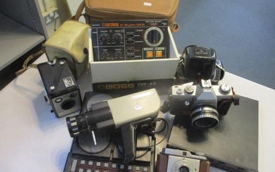 Music and photographic items to include a Boss DR55 Dr Rhyth...