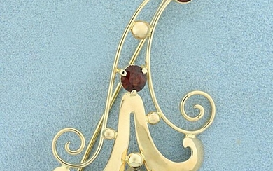Vintage Garnet Pin in 14K Yellow Gold