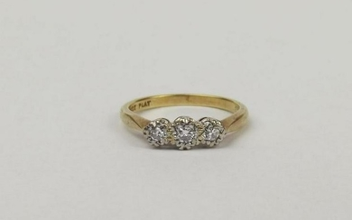 18ct Yellow Gold & Platinum Three Stone Diamond Ring UK
