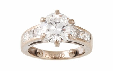 A SOLITAIRE DIAMOND RING, estimated; weight of diamond; 2.25...