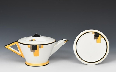 A Shelley Yellow Block Vogue shape large teapot...