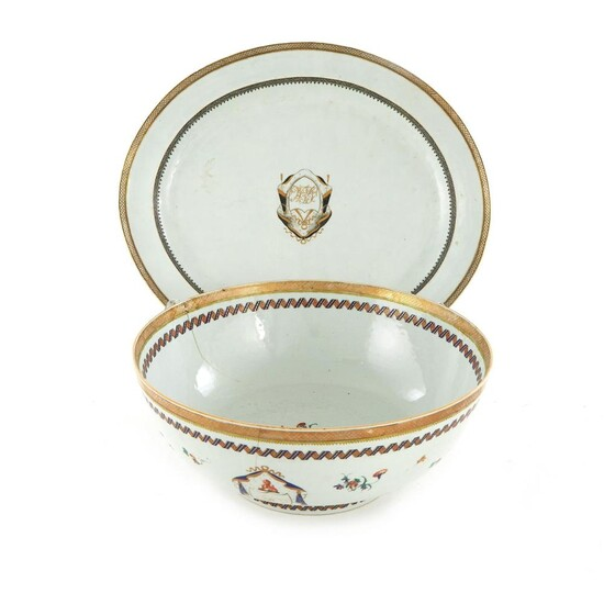 Chinese Export Armorial porcelain platter and punch bowl (2pcs)