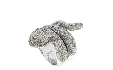 Gold ring 'snake' with diamonds