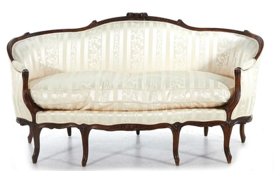 Louis XV carved beechwood canape