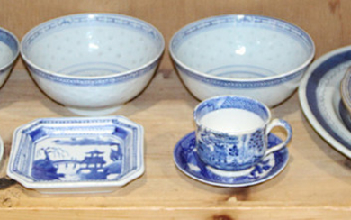 (lot of 10) A group of Chinese Blue and White Dinner Wares