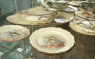 A DOULTON FISH DINNER SERVICE