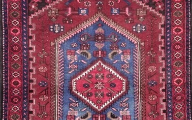 A HAND KNOTTED PERSIAN HAMADAN