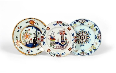 A delftware plate c.1785-95, of ~Ann Gomm~ type,...