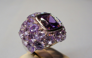 AMETHYST COCTAILRING SILBER.