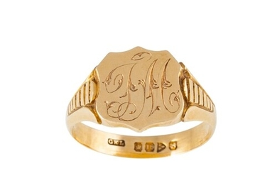 AN ANTIQUE 18CT GOLD SIGNET RING, Chester 1908, 10.5 g