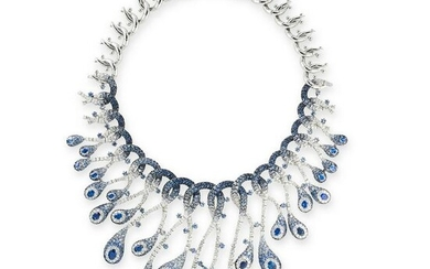 AN EXCEPTIONAL SAPPHIRE AND DIAMOND NECKLACE in 18ct