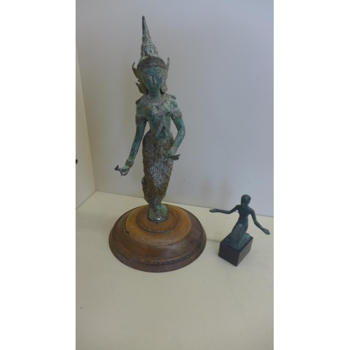 An antique style Siamese or Burmese bronze figure of a dance...