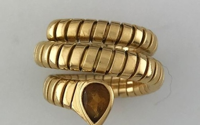 BVLGARI, Serpenti ring in gold 750°/°°° with tubogas...