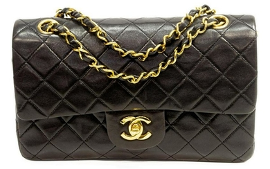 CHANEL CLASSIC SMALL DOUBLE FLAP SHOULDER BAG
