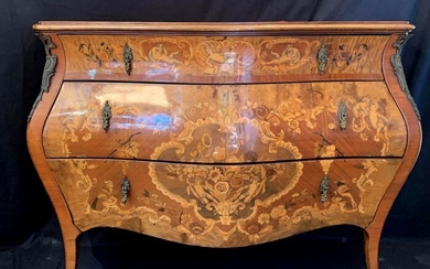 Curved chest of drawers with antique decorations - In noble wood marquetry - Early 20th century