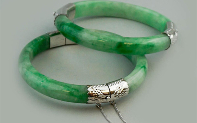 "FINE Chinese Pair Green Jade (Feicui) Bangles with White metal connections, 2 7/8"" -2 3/8"" diameter"