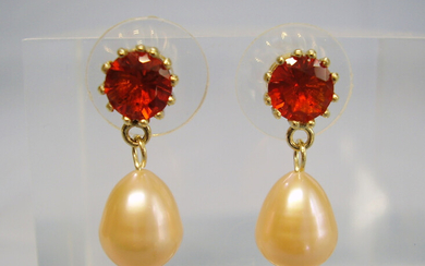 FIRE OPALS + PEARLS 14 CARAT YELLOW GOLD.