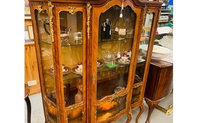 French inlaid brass mounted display cabinet with cabriole le...