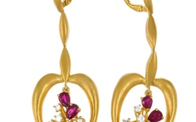 Ruby and brilliant earrings GG 750/000 with 8...