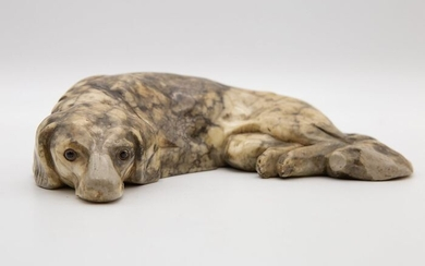 Sculpture, Animalier - Saint Bernard dog lying down (1) - Marble - Late 19th century
