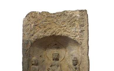 Sculptures - Stone - Buddha - An very rare Chinese Stele with Seated Buddha, Signed and Dated - China - Tang Dynasty (618-907)
