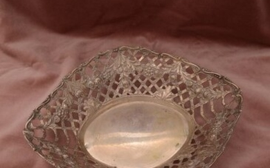 Serving Bowl - .800 silver - Israel - Early 20th century
