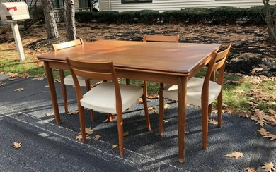 TEAK DANISH MODERN DINING TABLE, WITH 4 CHAIRS, NICE