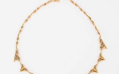 Yellow gold (750) drapery necklace with openwork links.