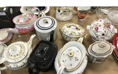 A collection of tea wares to include English famille-rose ch...