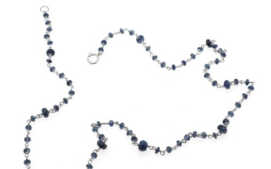 A sapphire necklace set with numerous sapphire roundels, mounted in 18k white gold. L. 45 cm.