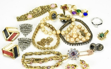 Collection Vintage Sterling & Costume Jewelry