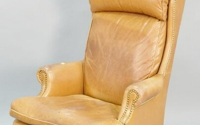 Hancock & Moore executive leather office chair having