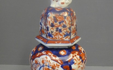 Imari hexagonal sided vase topped with a dog of Fo handle li...