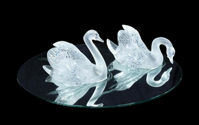 Lalique France, Late 20th Century Pair of Miroir Cygnes