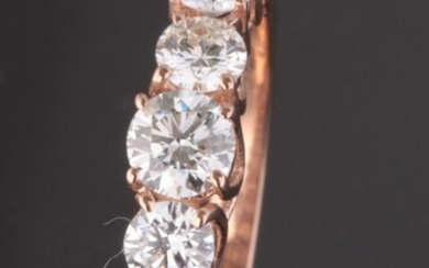 Ring in 14kt rose gold with brilliant cut diamonds 1.53ct
