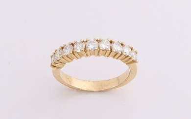 Royale yellow gold diamond row ring, 750/000, with