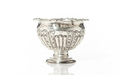 SMALL ENGLISH SILVER SUGAR BOWL, 104g