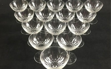 Set of 15 Clear Crystal Classic Pedestal Champagne